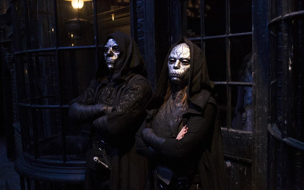 wb-studio-tour_death-eaters-diagon-alley